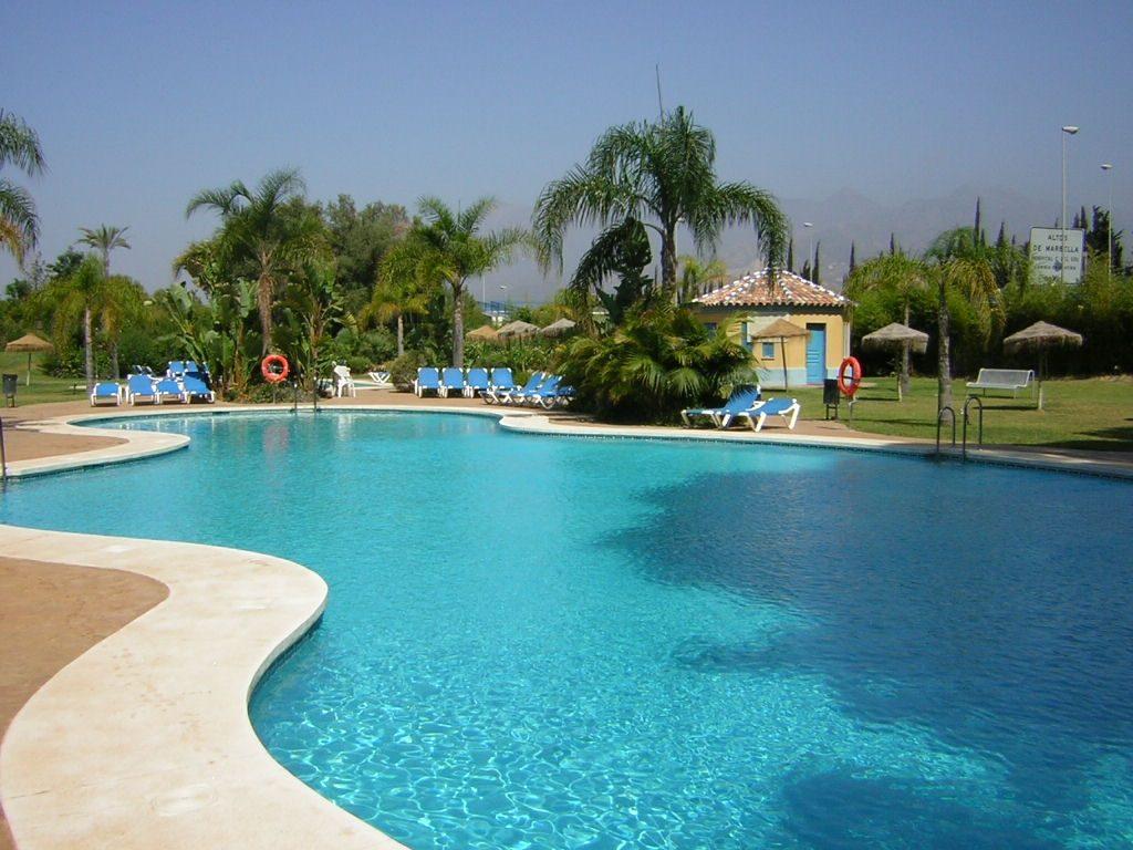 Bahia de Marbella – 2 bedrooms walking distance beach