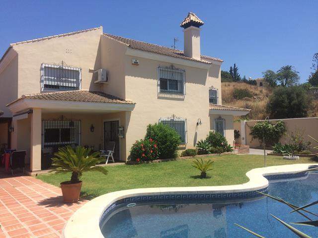 Marbella family villa for rent & sale
